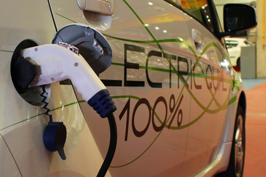 El Gobierno aprueba el Plan MOVEA para vehículos alternativos